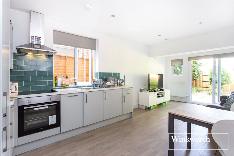 Flat/apartment to rent in Finchley - Station Road, London, N3