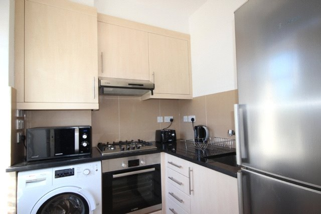 Flat/apartment to rent in Ealing & Acton - Uxbridge Road, Acton, W3