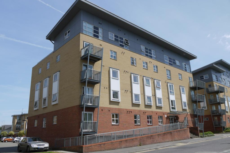 Flat/apartment to rent in Borehamwood & Elstree - Hepburn Court, Station Road, Borehamwood, WD6