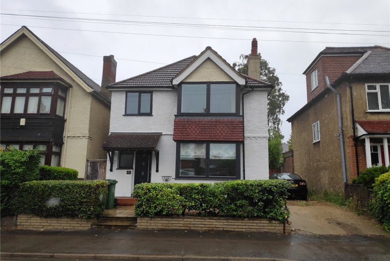 House for sale in  - Cotswold Road, South Sutton, SM2