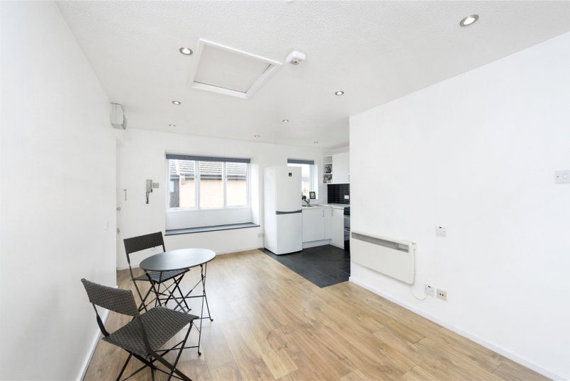 Flat/apartment to rent in Chiswick - Wilkinson Way, London, W4