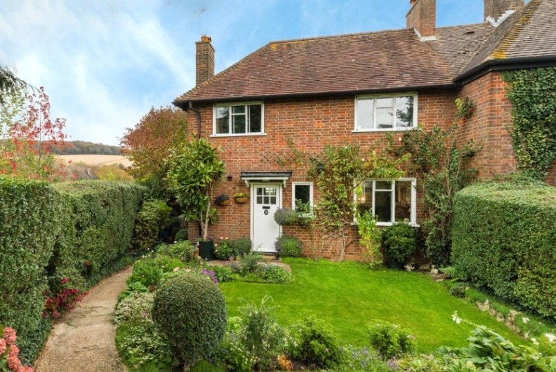 House for sale in Beaconsfield - Piggotts Orchard, Amersham, HP7