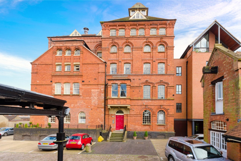 Flat/apartment for sale in Newark - The Brewhouse, Castle Brewery, Newark, NG24