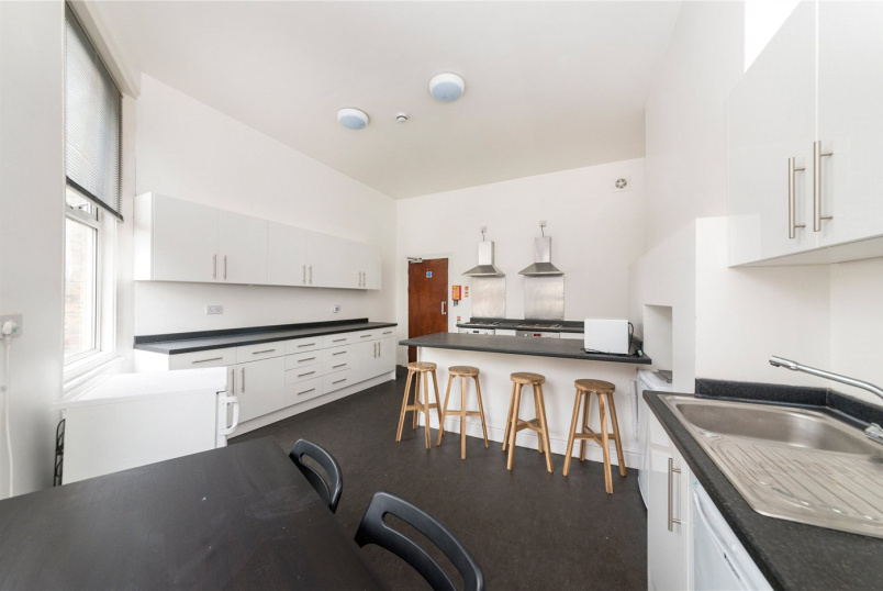 to rent in New Cross - Lyndhurst Grove, London, SE15