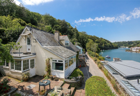 Carradale, Noss Mayo, Plymouth, Devon, PL8