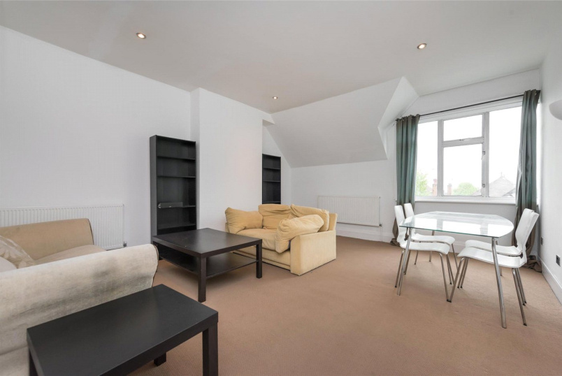Flat/apartment to rent in Kensal Rise & Queen's Park - Dartmouth Road, Willesden Green, NW2
