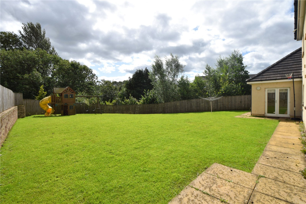 Image 20 of Primrose Avenue, Newton Mearns, G77