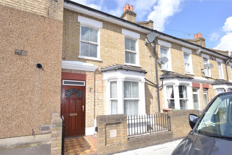 House for sale in Dulwich - Waghorn Street, Peckham Rye, SE15