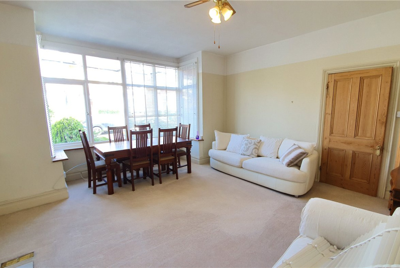 Flat/apartment to rent in Harrow - Cunningham Park, Harrow, HA1
