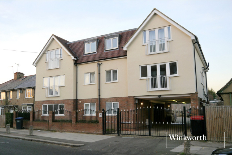 Flat/apartment to rent in  - Elma Court, 90 Mays Lane, Barnet, EN5