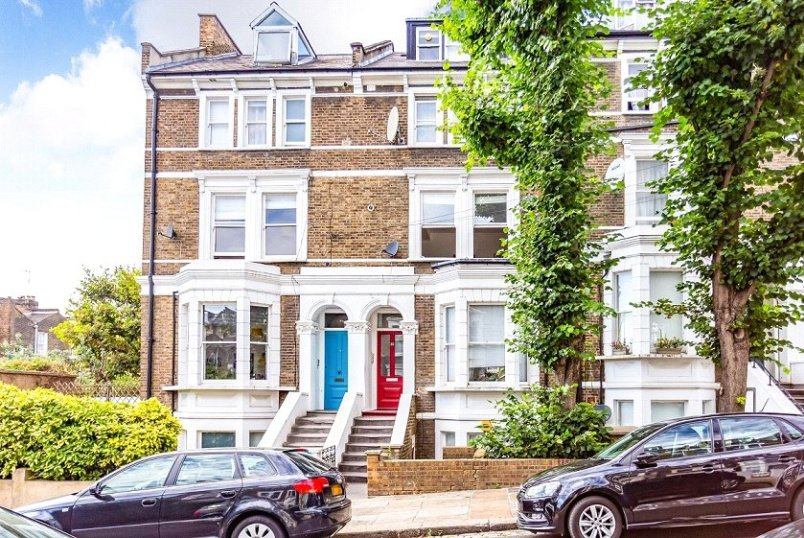 Flat/apartment for sale in Kentish Town - Montpelier Grove, London, NW5