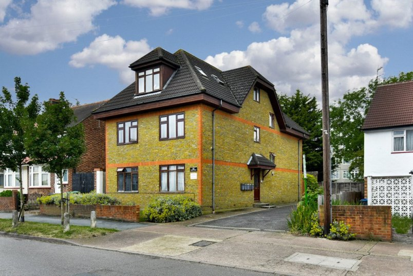 Flat/apartment for sale in  - Fern Court, 85 Red Lion Road, KT6