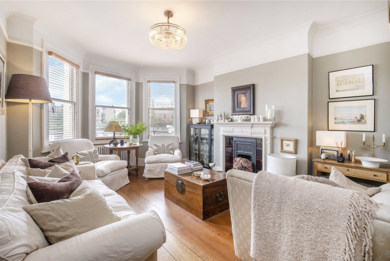 Flat/apartment for sale in  - Disraeli Gardens, London, SW15