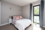 A beautifully presented two bedroom apartment close by to Dorking stations  4