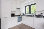 A beautifully presented two bedroom apartment close by to Dorking stations  11