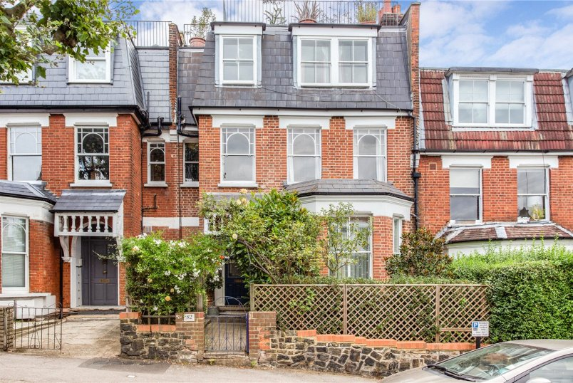 Flat/apartment for sale in  - Oakfield Road, London, N4