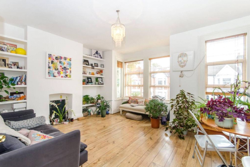 Flat/apartment to rent in Kensal Rise & Queen's Park - St Johns Avenue, London, NW10