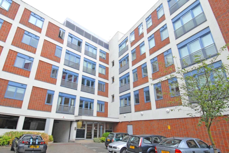 Flat/apartment to rent in Crouch End - Exchange House, 71 Crouch End Hill, London, N8