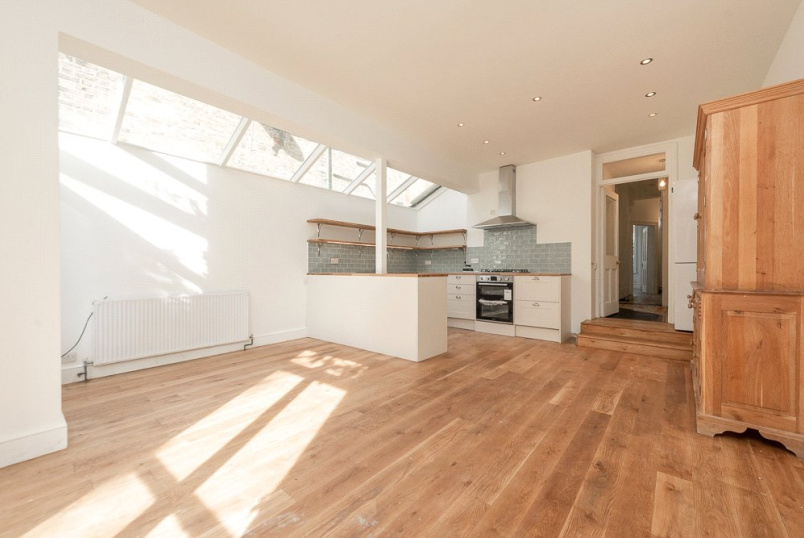 House to rent in  - Ashburnham Road, London, NW10