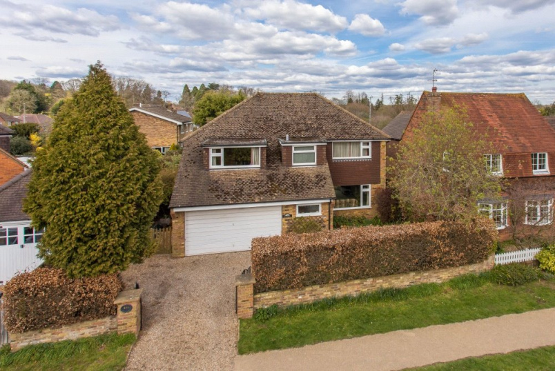 House for sale in Beaconsfield - Bottrells Lane, Chalfont St. Giles, Buckinghamshire, HP8