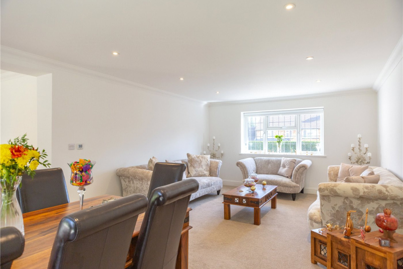 Bungalow for sale in Sunningdale - Harpesford Avenue, Virginia Water, Surrey, GU25