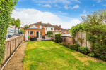 Beautifully presented home with a wonderful blend of period features and modern style 8