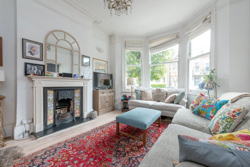 House for sale in Kensal Rise & Queen's Park - Bathurst Gardens, London, NW10