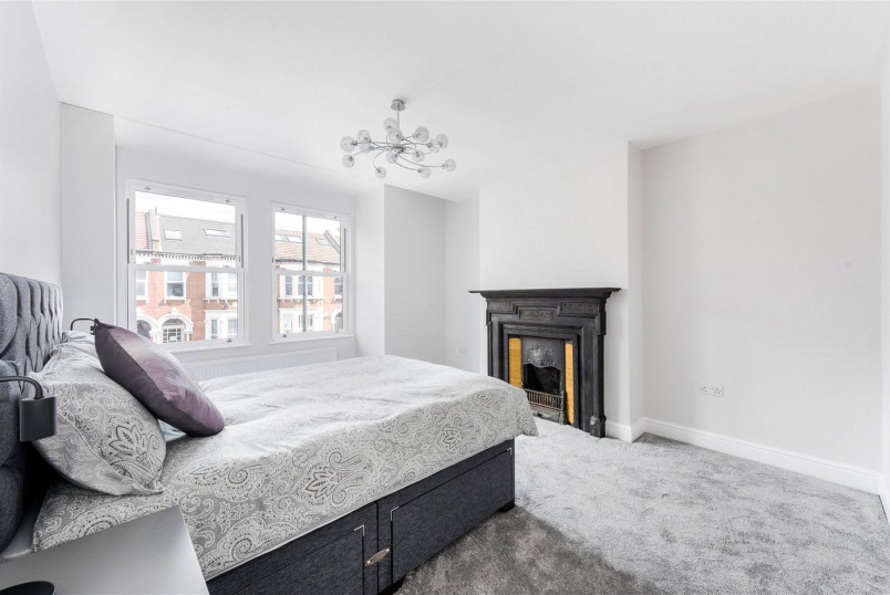 Flat/apartment for sale in Tooting - Tooting Bec Road, London, SW17