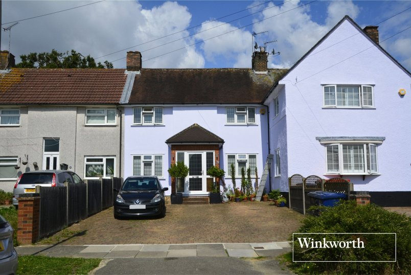House for sale in Barnet - Pepys Crescent, Barnet, Herts, EN5