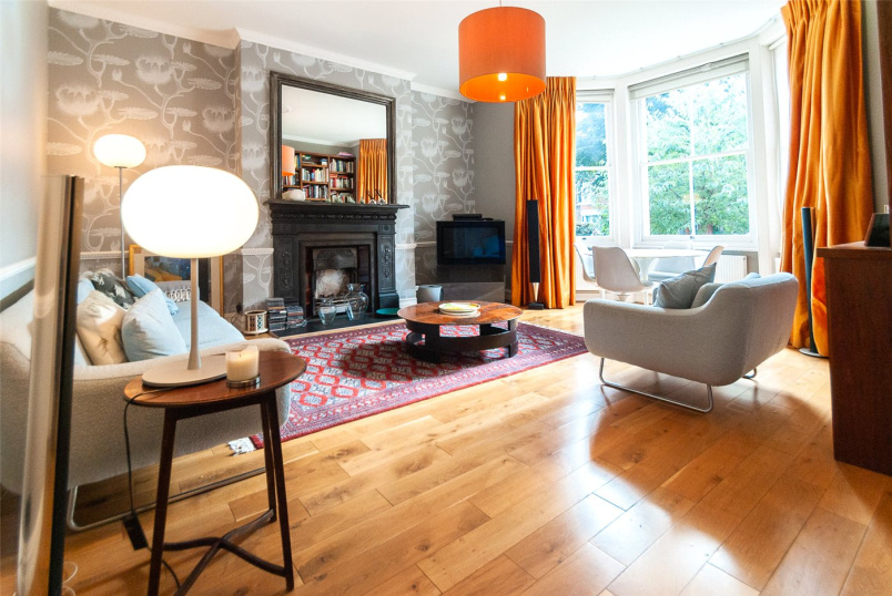 Flat/apartment to rent in Kentish Town - Anson Road, London, N7