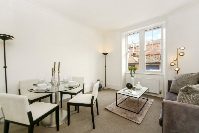 Flat/apartment to rent in Kensington - Pater Street, Kensington, W8