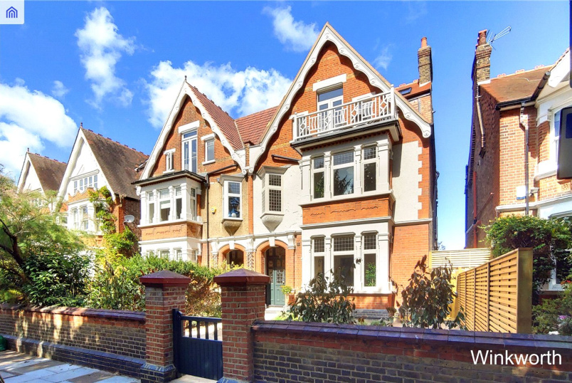 Flat/apartment for sale in  - Twyford Crescent, Acton, W3