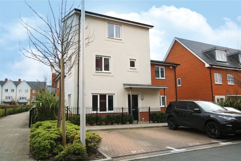 House to rent in Reading - Fair Isle Way, Reading, Berkshire, RG2