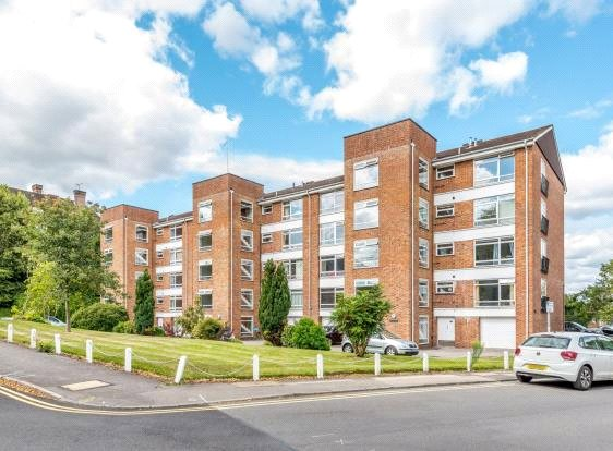 Flat/apartment to rent in Guildford - Southbury, Lawn Road, Guildford, GU2