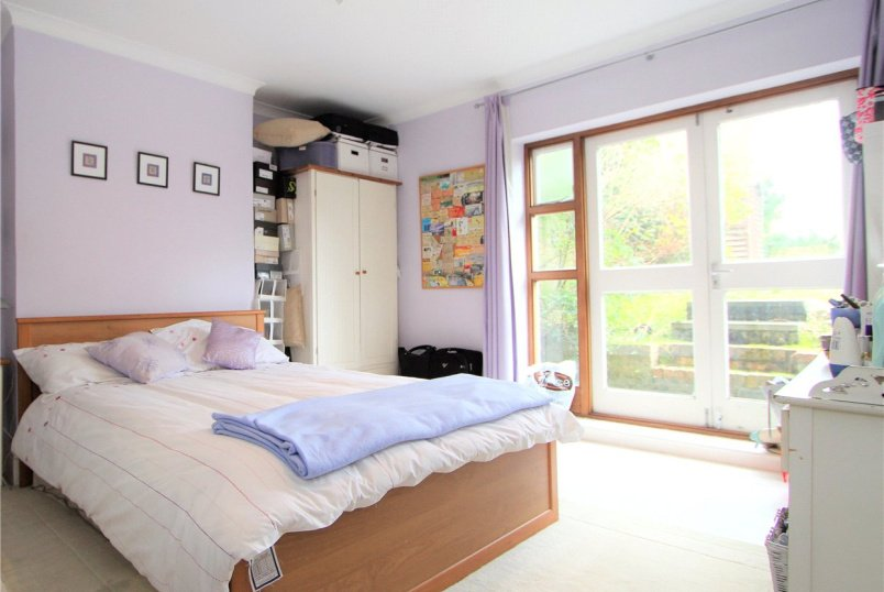 Flat/apartment to rent in Ealing & Acton - Ashfield Court, 111-113 The Grove, Ealing, W5