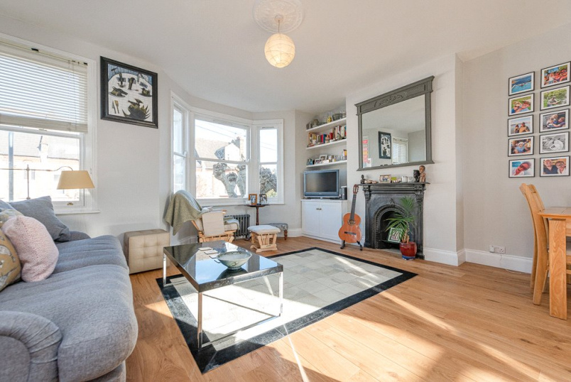 Flat/apartment for sale in Kensal Rise & Queen's Park - Pember Road, London, NW10