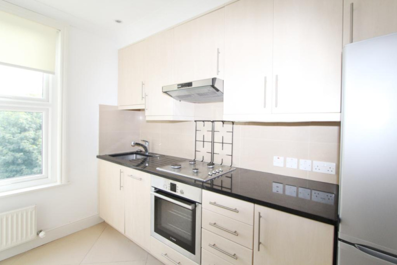 Flat/apartment to rent in Ealing & Acton - Windsor Road, Ealing, W5