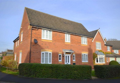 Fruitfields Close, Devizes, Wiltshire