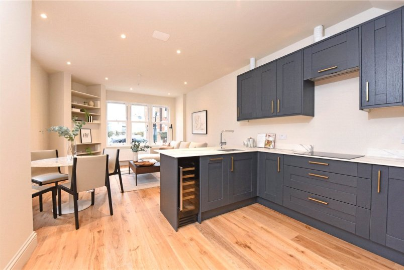 House for sale in Southfields - Brookwood Road, London, SW18