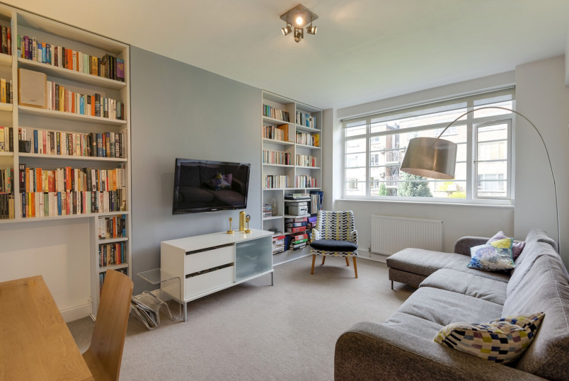 Flat to rent in St Johns Wood - CHARLBERT COURT, EAMONT STREET, NW8 7DA