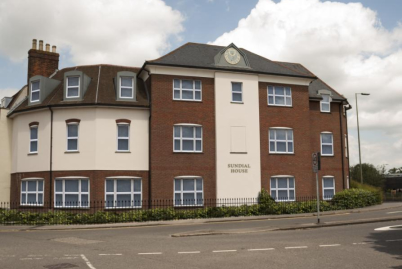 Flat/apartment to rent in Newbury - Sundial House, Carnegie Road, Newbury, RG14