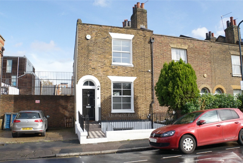 House for sale in Greenwich - Earlswood Street, Greenwich, SE10