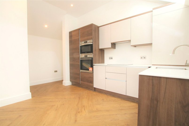 Flat/apartment to rent in Reading - Coopers Yard, 1a Elm Park Road, Reading, RG30