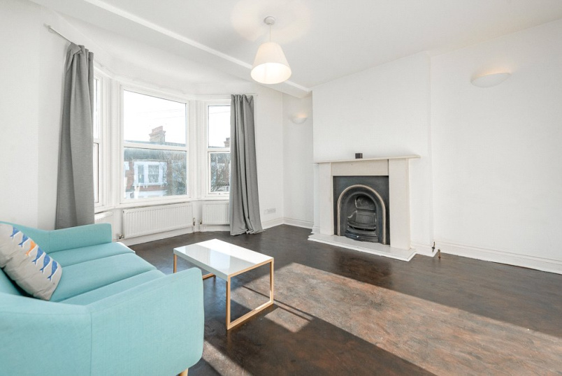 Flat/apartment to rent in Kensal Rise & Queen's Park - Buchanan Gardens, Kensal Green, NW10