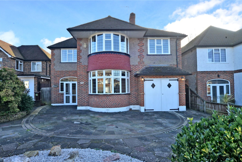 House for sale in Cheam - Arundel Avenue, Epsom, Surrey, KT17