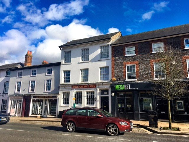 Flat/apartment for sale in Newbury - High Street, Hungerford, Berkshire, RG17