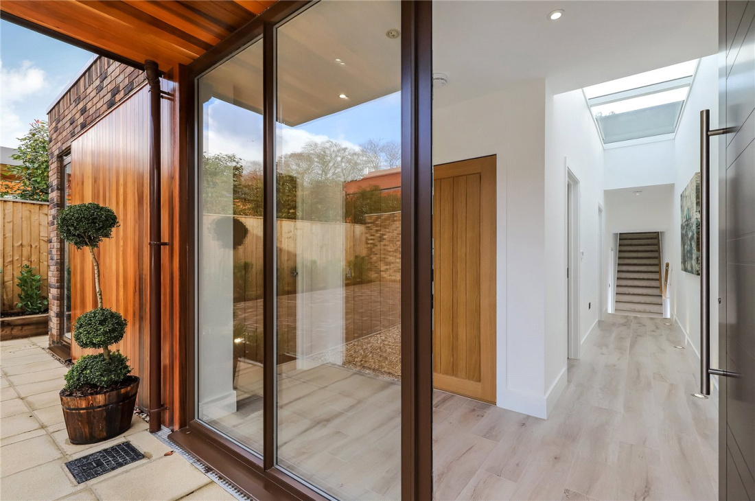 3 Bedroom Property For Sale In Harestock Road Winchester