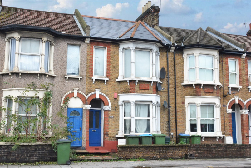 Flat/apartment for sale in Greenwich - Woolwich Road, Charlton, SE7