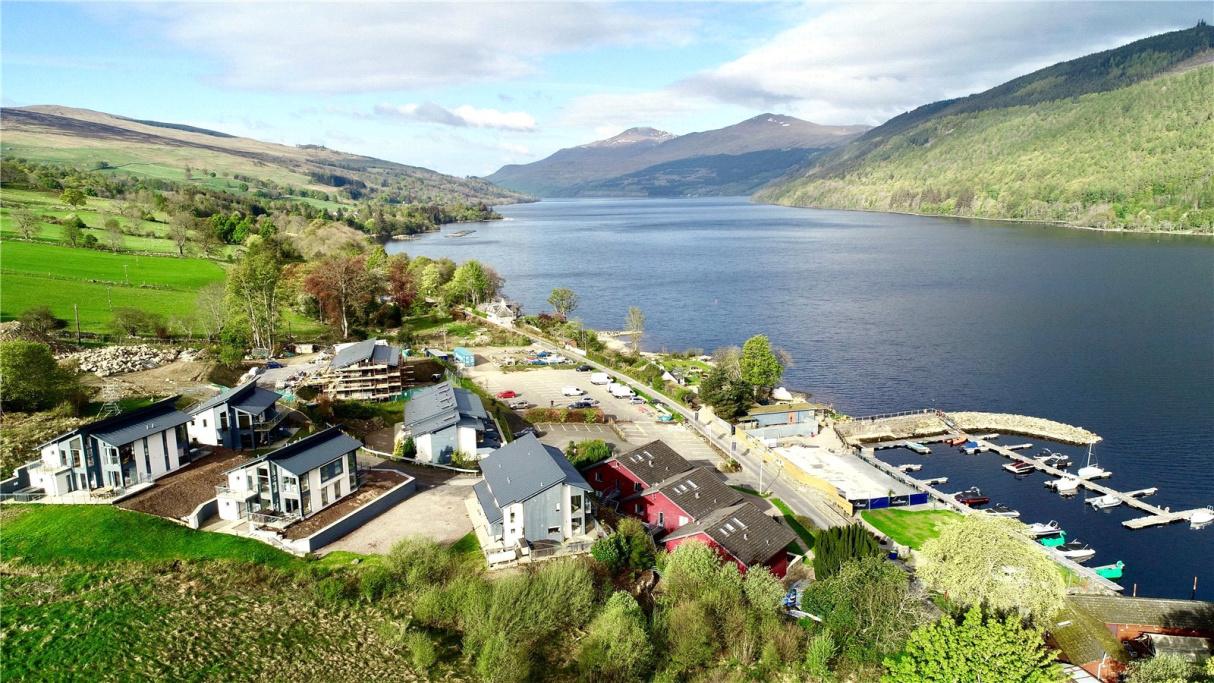 Image 2 of 10 Lochview, Taymouth Marina, Kenmore, PH15