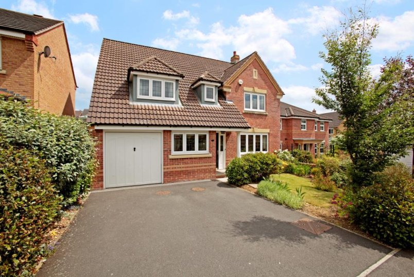 House to rent in Newbury - Huntingdon Gardens, Newbury, Berkshire, RG14